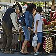 Market scene in Fourcalquier