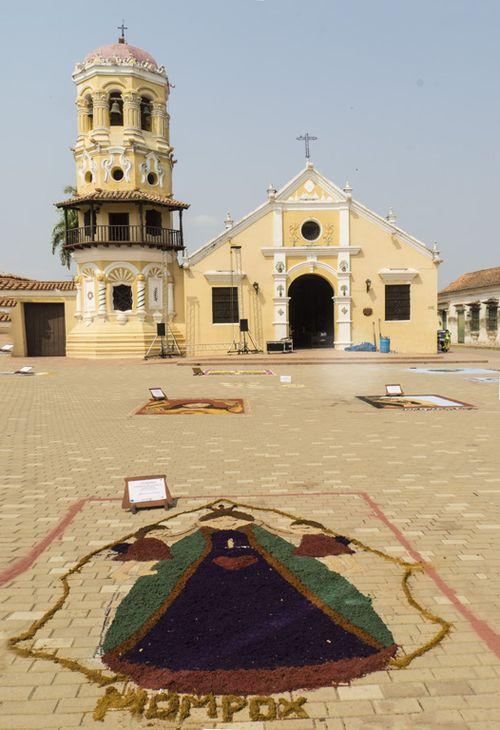Santa Barbara plaza