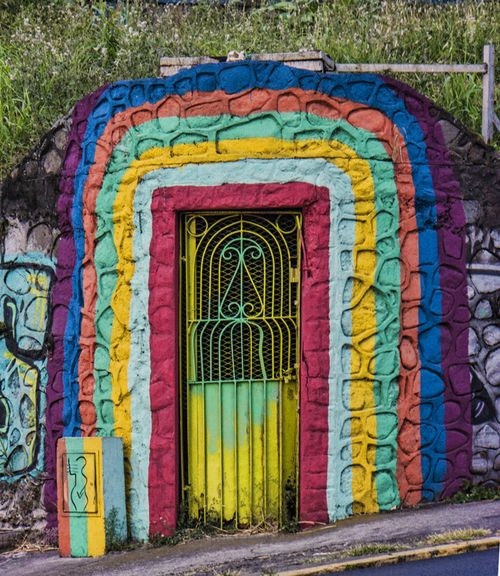 Multicolor doorway