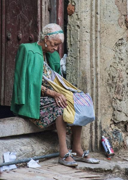 Snoozing in Havana