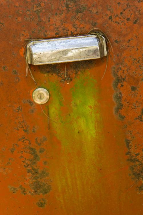 Door and handle 6