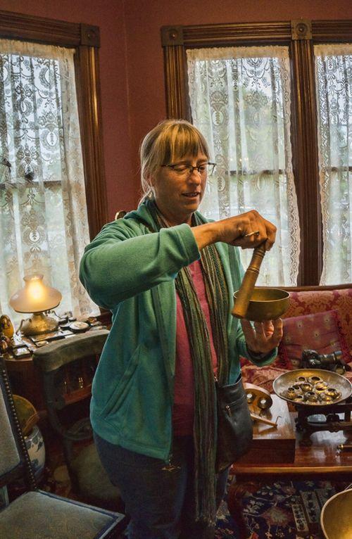 Brenda Tharp in Action