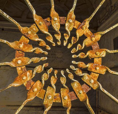 Door pinwheel