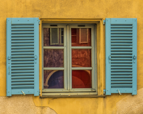 Reflected shutters