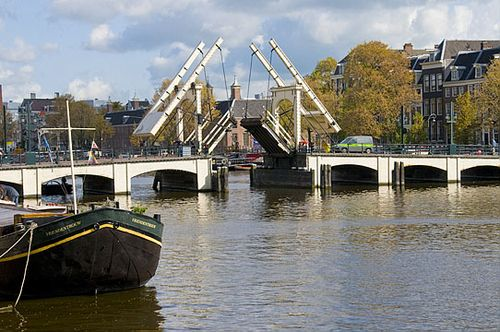 Amsterdam - Closing the Magere Brug