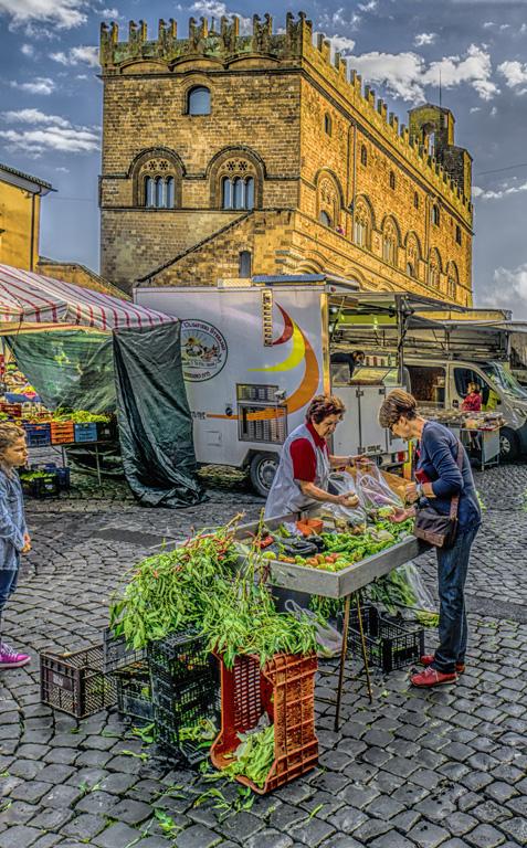 Shopping in Orvieto